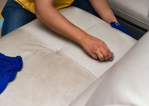 ניקוי ספות עור - ניקוי ספות עור לבן - ניקוי סלון עור